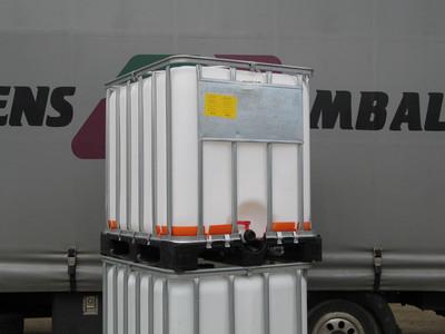 1000 liters ibc på plastpalle werit
