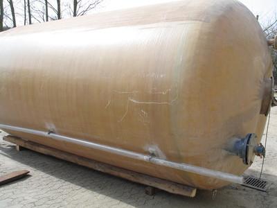16000 liters glasfiber tank med røreværk